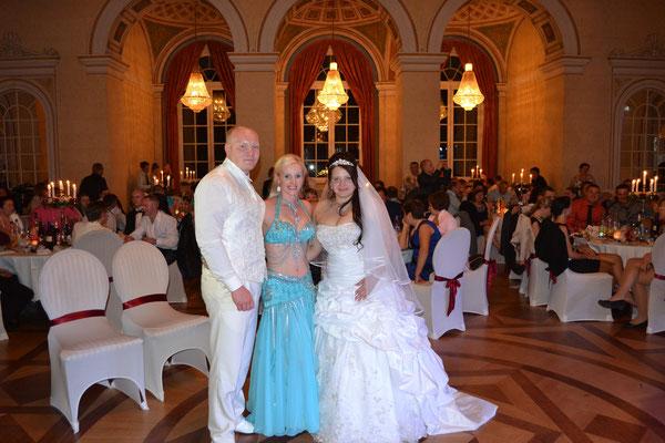 Auf der Hochzeit von meim lieben Cousen in der tollsten Location in der ich je getanzt habe))
