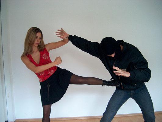 Frauen Selbstverteidigung 1