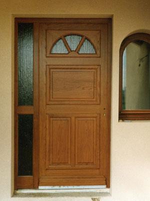 Porte d'entrée semi vitrée
