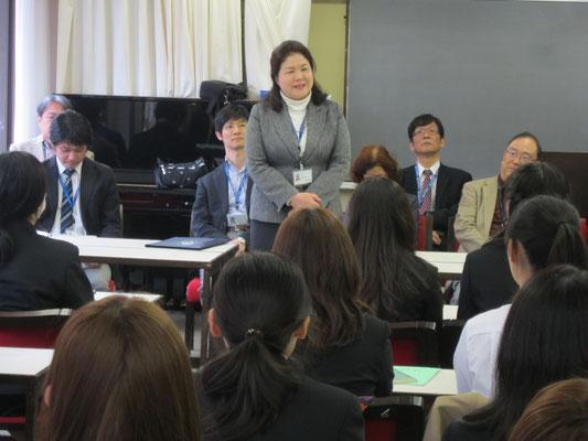 演奏学科長の島崎智子先生。