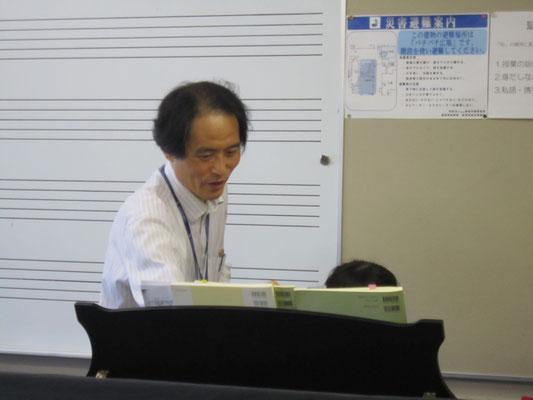 器楽コースピアノ専修の山田昌宏先生