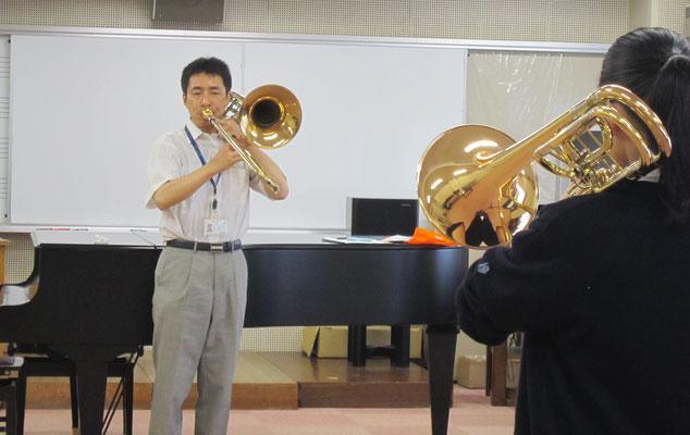 器楽コース管楽器専修の石川浩先生