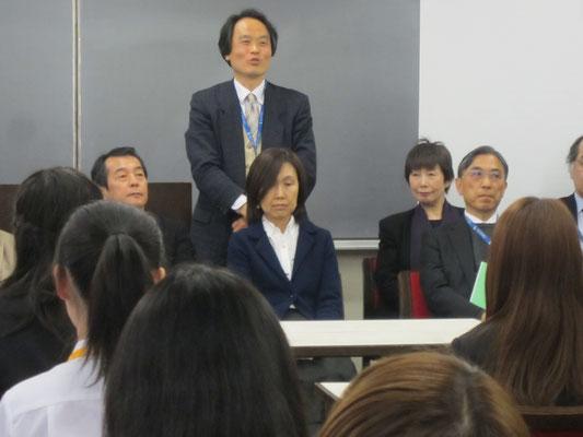 器楽コースピアノ専修の山田昌宏先生。