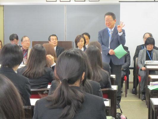今回の研修全体のまとめ役、岩井孝信先生。