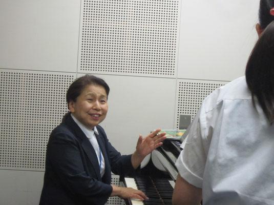 木村満壽美先生(音楽教員養成コース:声楽)