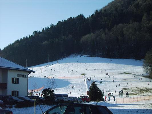 Zum Skigebiet Westernberg sind es von uns aus nur ein paar Schritte.
