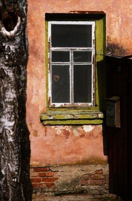vecchio alla finestra