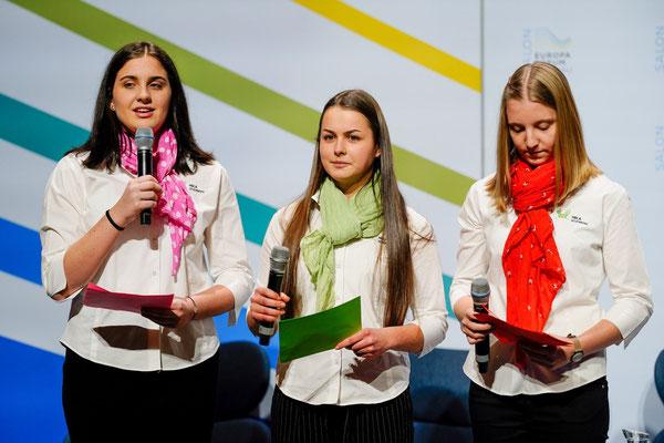 v.l.n.r.: Rosmarie Mayer, Carina Sandler, Lisa Egger