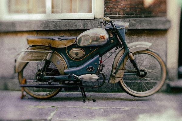 Holländisches Moped RAP Imperial 3V Baujahr 1958 (die Aufnahme ist älter ;o)