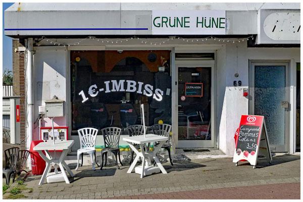 """14.09.16: Wilhelmstr. 69 - seit Kurzem die erste Adresse der lokalen Gourmet-Szene: Der """"Grüne Hüne"""". Heute leider geschlossen."""