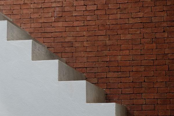 Bitarte Arquitectura + Comunicacion / Etxebizitza baten berrikuntza partziala Madrilen / Sukaldea + Sotoa / www.bitartearquitectura.com
