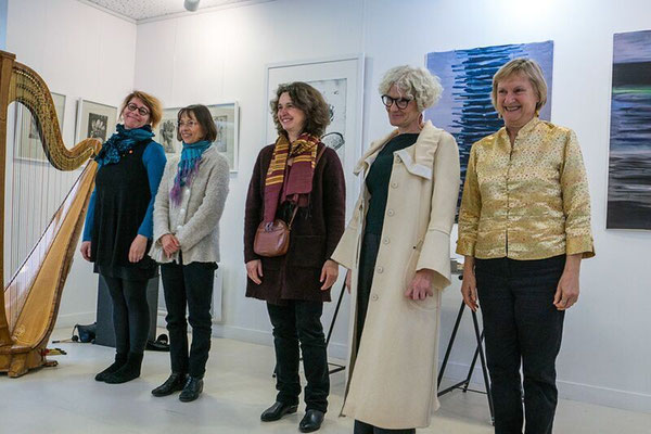 Isabelle Olivier, harpiste, Patricia Sarne, artiste, Yannick Charon, artiste, Laurence Benedetti, conteuse, Roselyne Sibille, poète