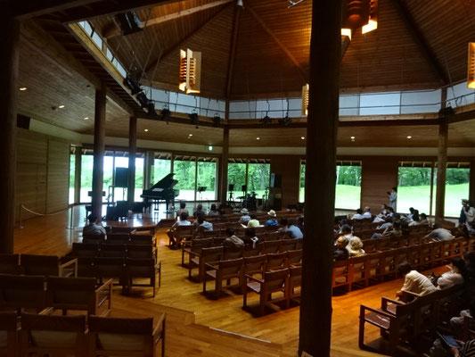 八ヶ岳 音楽 堂