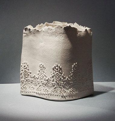 dentelles brutes jeanne sarah bellaiche c ramiste cr ation de c ramiques contemporaines en. Black Bedroom Furniture Sets. Home Design Ideas