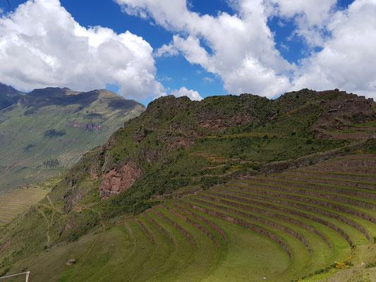Die Terassen von Pisac im Heiligen Tal der Inkas