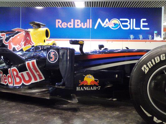 Red Bull, Promotion Stand, POS Visuals, Flughafen Zürich