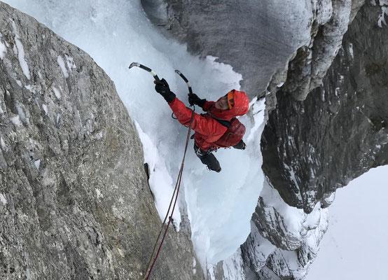 Untypischerweise hatte es sogar beim Ausstieg mehr als genug Eis. Andere Jahre war diese Passage sehr heikel.