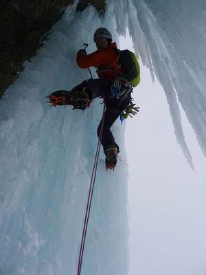 Schöne Kletterei in der oberen Schlüssellänge