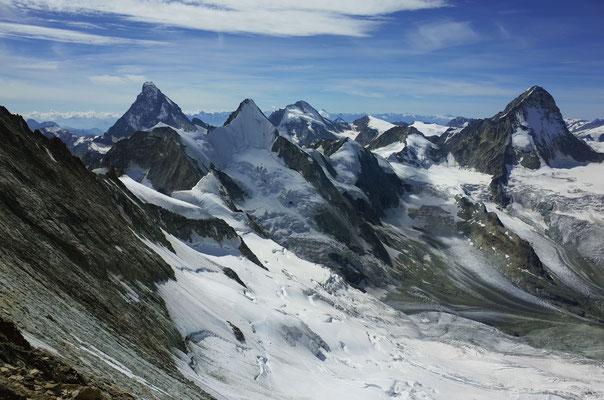 Matterhorn, Obergabelhorn, Dent d'Hérens, Dent Blanche.
