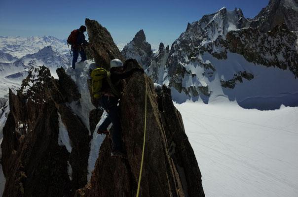 Gratpassage gleich nach dem Gipfel
