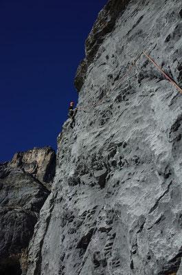 Interessante Kletterei in Seillänge 7