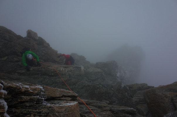 Auch bei misslichen Bedingungen ausgesprochen schöne Kletterei