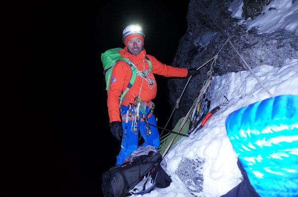 Denis Burdet, Führer der zweiten Seilschaft am Berg, ist beim Götterquergang angekommen