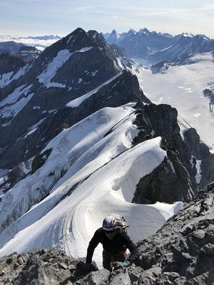 In der letzten Steilstufe kurz unter dem Gipfel.