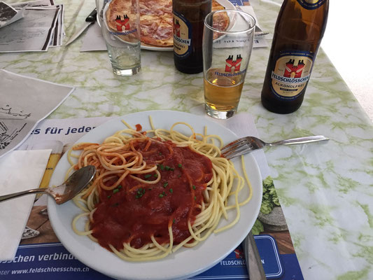 Reko und Materialtransport am 4.7.: Carbo-Loading.
