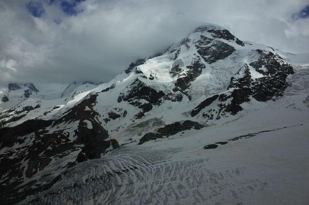 Einblick in die Route von der Gandegghütte am Vorabend.