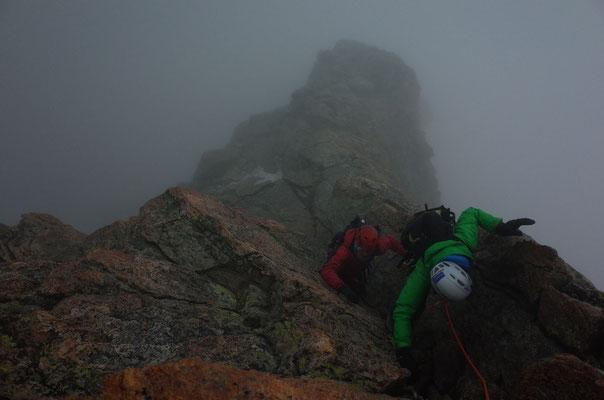 Wind, Nebel und vereisender Regen