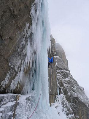 Röhreneis, gut zu klettern aber nicht einfach abzusichern. (Foto: Björn)