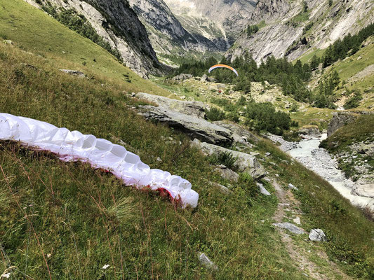 Landung im Baltschiedertal bei der Abzweigung des Klettersteigs.