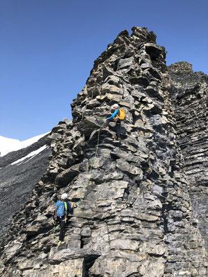 Bernhard und Klaus kurz vor dem Gipfel.