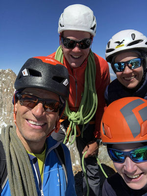 Gipfel-Selfie auf dem Lauteraarhorn.