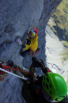 Kameramann Frank Kretschmann am Arbeiten, Kletterer: Carlo Traviersi