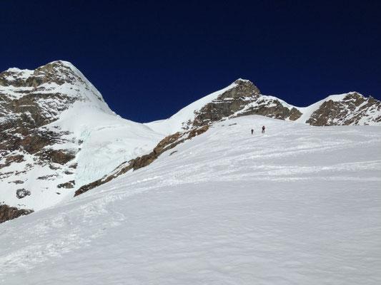 Aufstieg über den Rücken zum Rottalsattel