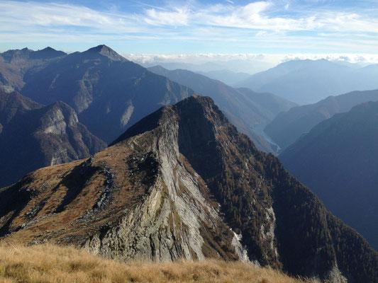 Auf dem Gipfel, Blick Richtung Föipa