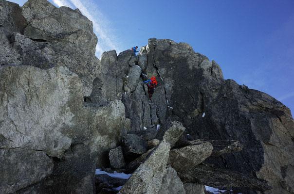 Schöne, gut absicherbare Kletterei