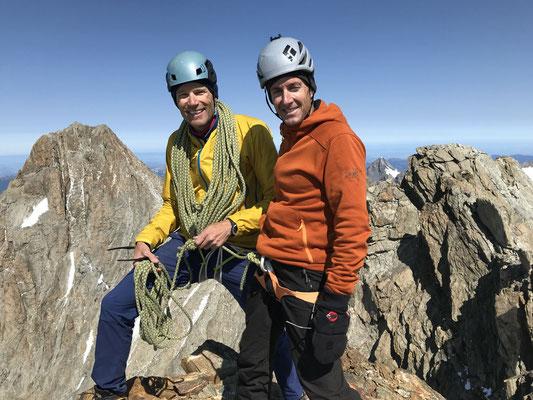 Gipfelfoto Lauteraarhorn deutlich vor dem Mittag.
