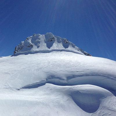 Der Startplatz gleich unter dem Gipfel