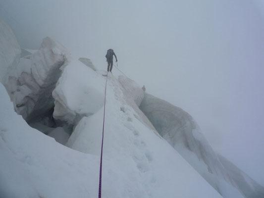 Integral-Begehung, Abstieg im Nebel