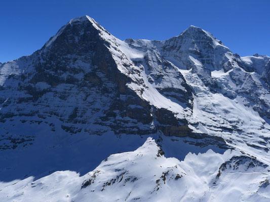 Eiger Nordwand mit viel Schnee