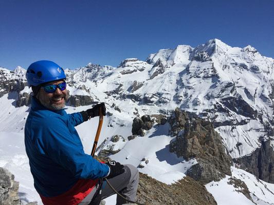 Georg hat gut lachen, die Aussicht vom Gipfel des Zallershore ist einmalig.