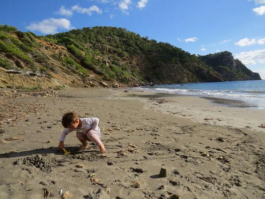 Sur la plage au sud du Cabo de Roig