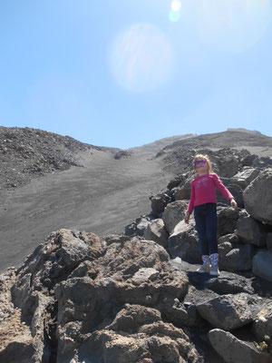 Ascension dans les rochers.