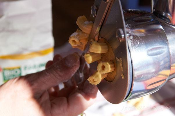 fabrication des pâtes au travers de la filière