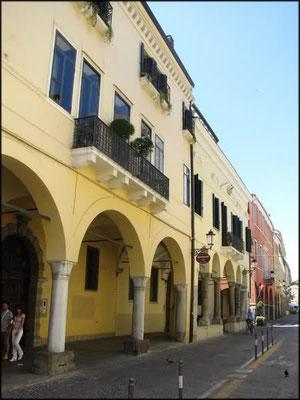 Borgo Altinate 4