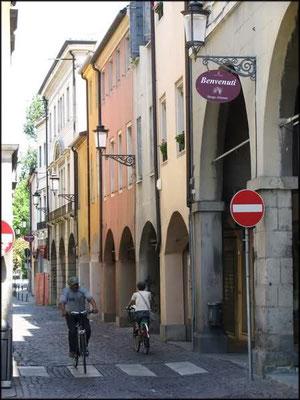 Borgo Altinate 7