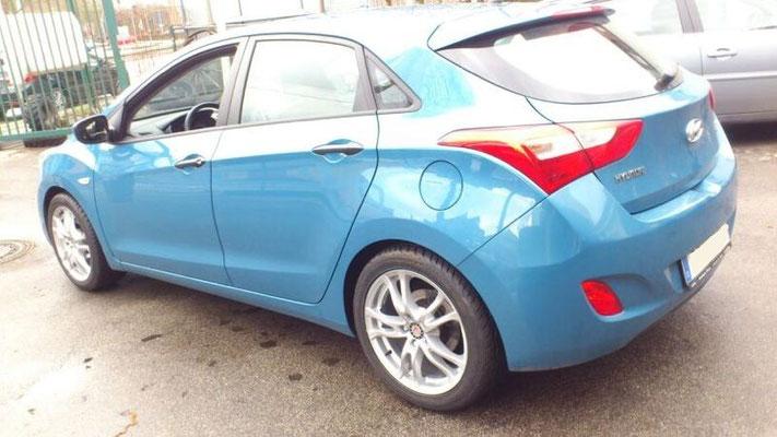Felge: Platin P29 - Reifen: 225/45 R17 Sportiva Super Z
